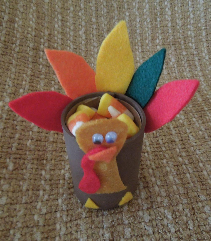 11+ Thanksgiving turkey craft toilet paper roll ideas
