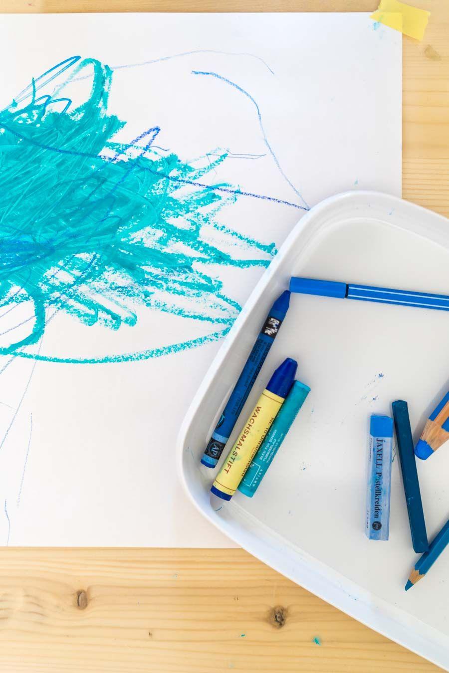 Basteln Mit Kleinkindern Ohne Vorgaben Die Farbe Blau Entdecken Und Der Start Einer Neuen Serie Basteln Mit Kleinkindern Basteln Kleinkind
