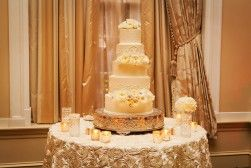 Classic Wedding Cakes - Belle The Magazine