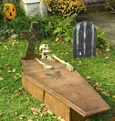 Yard decor All Hallows Eve Pinterest