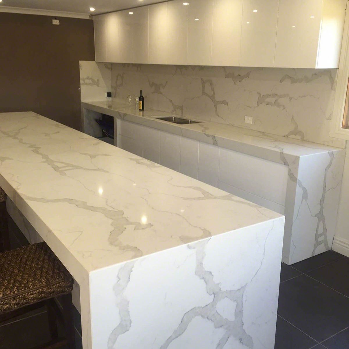 Calacatta Classique Stuns With Its Gorgeous White Marble Look And Striking Veining Transform Your