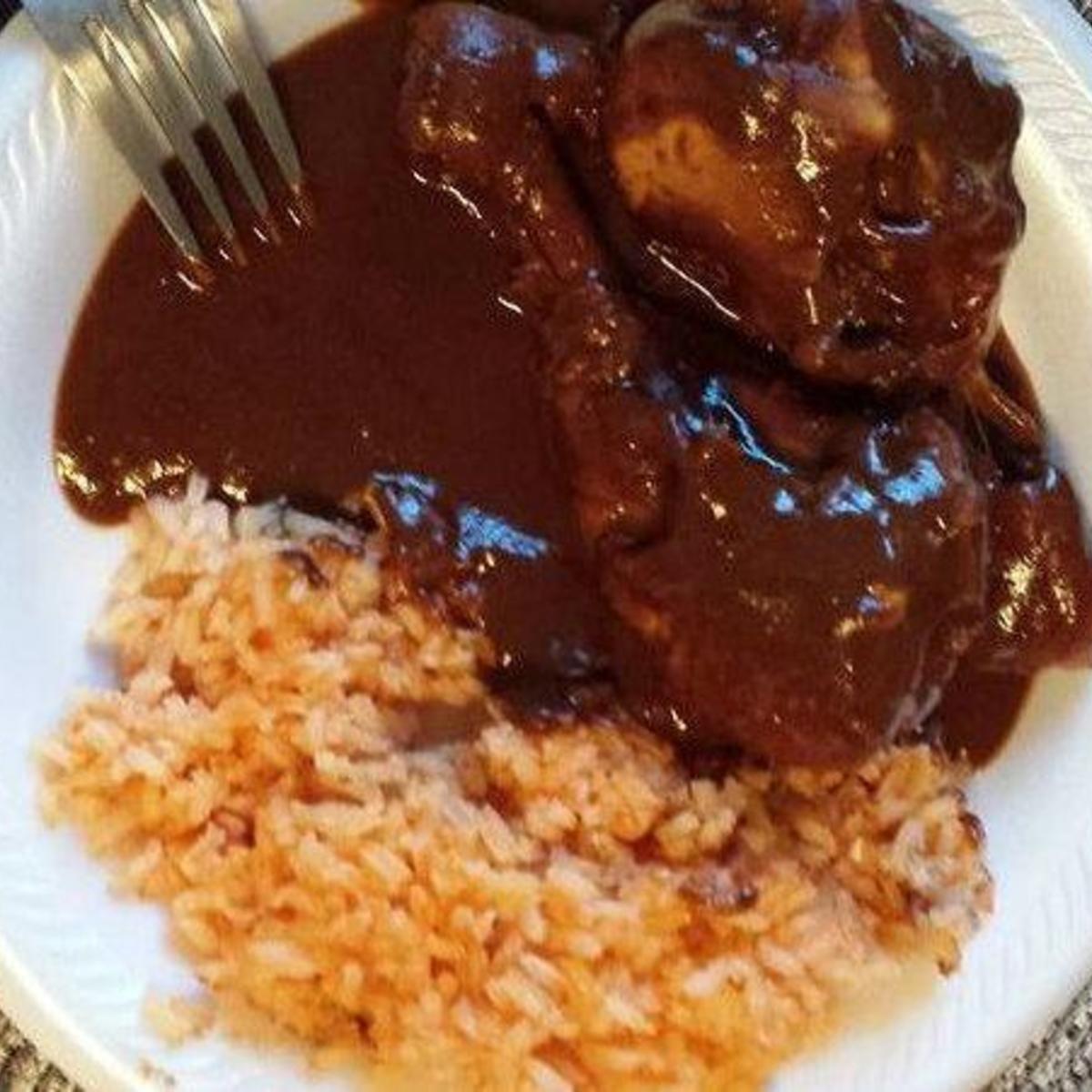 Chicken Mole My Mommy S Way Bebita Mexican Food Recipes Food Mexican Food Recipes Authentic