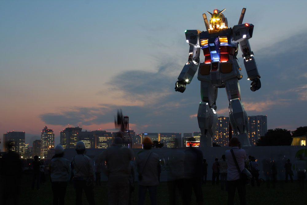 картинки больших роботов самых больших