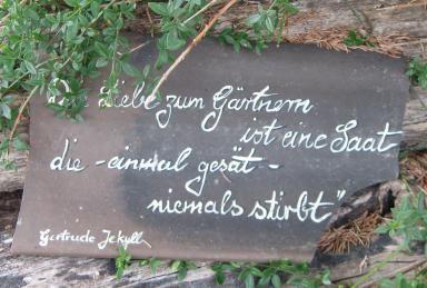 Gertrude Jekyll, berühmte Gärtnerin, Gartenarchitektin und Gartenbuchautorin Biografie