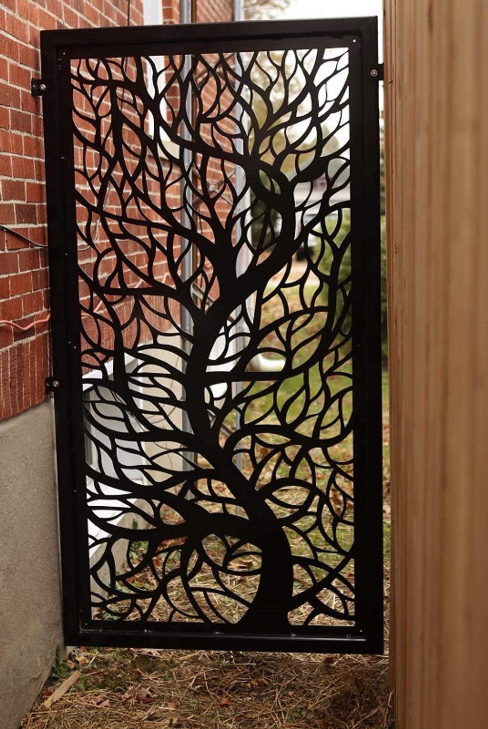 BRANCH9 Metal Privacy Screen Decorative Panel Outdoor Garden