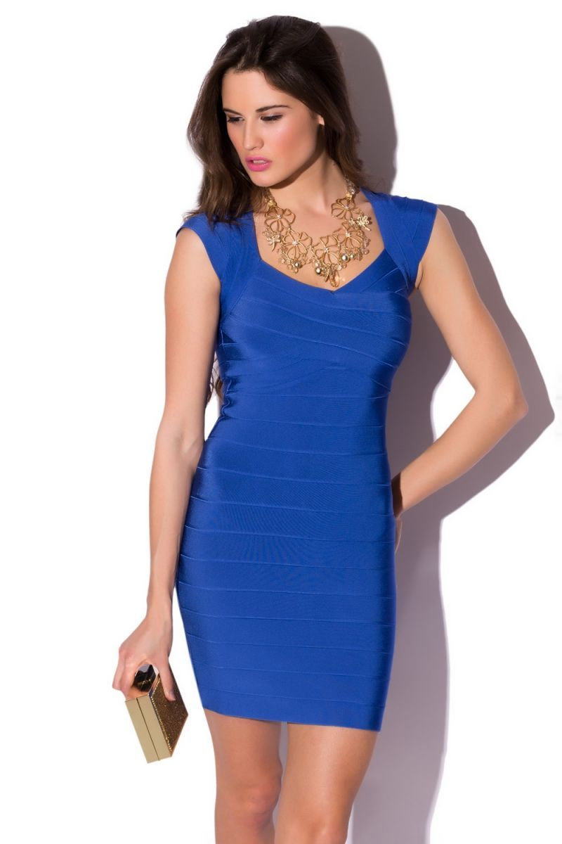 ff55388163 Vestido sencillo azul rey corto