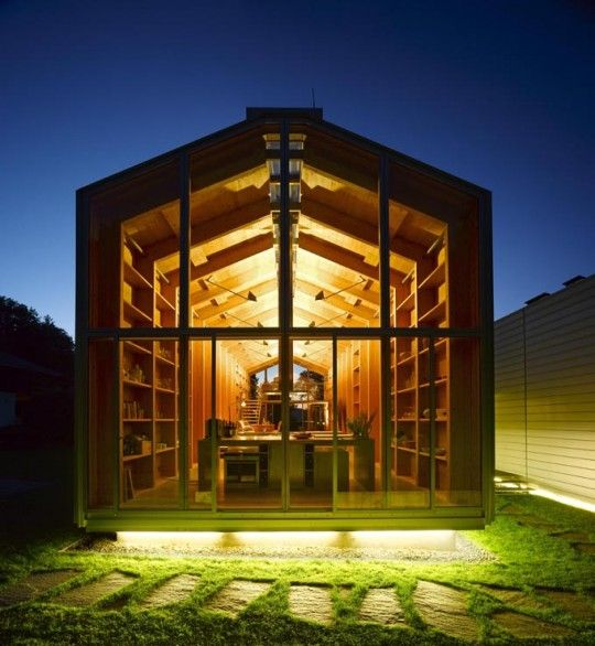 Nobis house une maison en bois esprit hangar bateau maison bois pinterest maison - Hangar maison ...