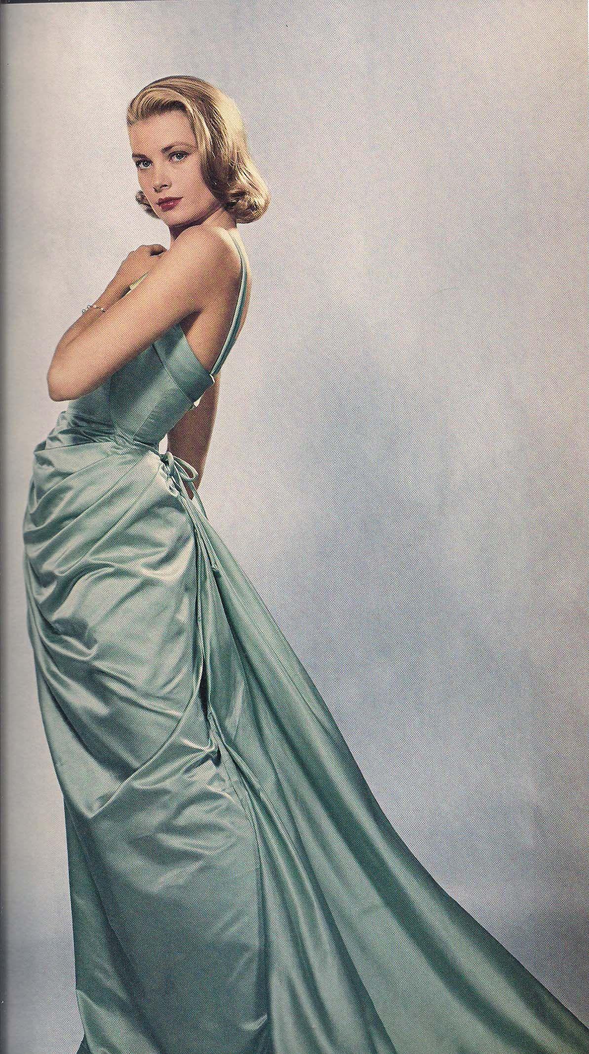 e7554add1b29 Grace Kelly - Blue gown