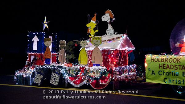 Christmas Float Ideas With Lights.Charlie Brown X Mas Christmas Past Parade Float Ideas