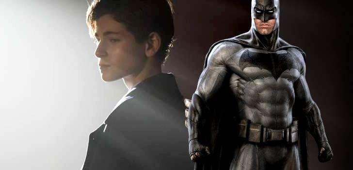 No inicio deGotham, vimos Bruce Wayne como uma criança. A série queria focar em James Gordon, queeventualmentese tornará o comissário Gordon, ao invés de Bruce. Porém, conforme as temporadas passaram, o ator David Mazouz envelheceu e os fãs passaram a se perguntar se a série realmente mostraria o Bruce treinando e eventualmente se tornando o …