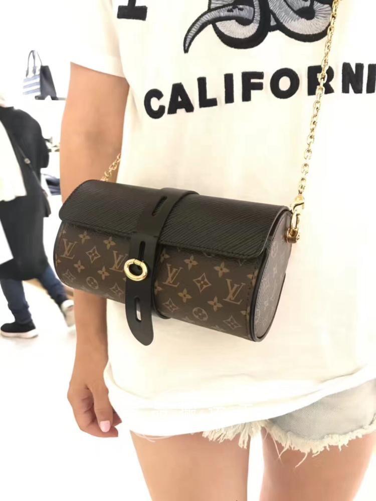 Louis Vuitton Monogram Classes Case Bag M43903 Black  lv classes case  louis  vuitton classes case  lv m43903 78daaa8be236f