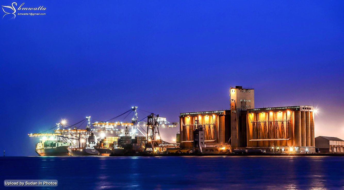 Port Sudan Harbour At Night Red Sea State ميناء بورتسودان ليلا ولاية البحر الأحمر السودان By Mohamed Alatta Sudan Portsudan Cityscape Photo Africa