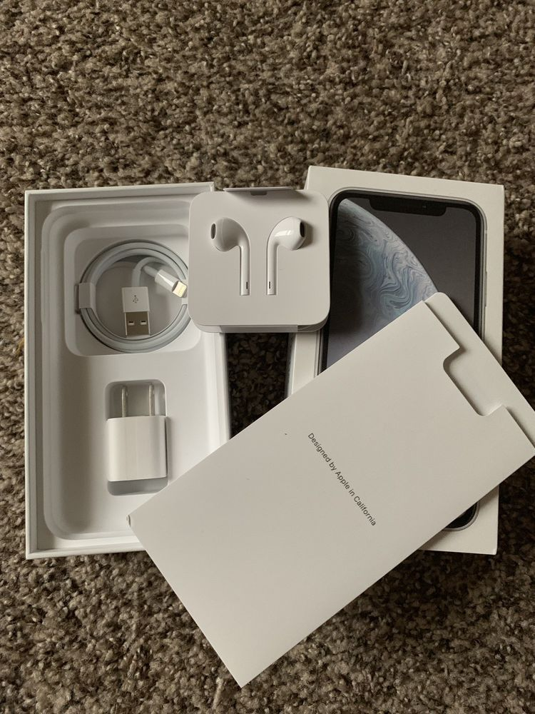 hot sale online 0725c 31ac9 Apple iPhone XR - White *Box And Accessories Only* #iphonexr ...