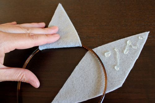 Kids' Halloween Costume: DIY Headbands Easiest Kids' Halloween Costume Ever is DIY Headbands   Alphamom  Maybe I could add some fabric that's patterned to the inside?Easiest Kids' Halloween Costume Ever is DIY Headbands   Alphamom  Maybe I could add some fabric that's patterned to the inside?