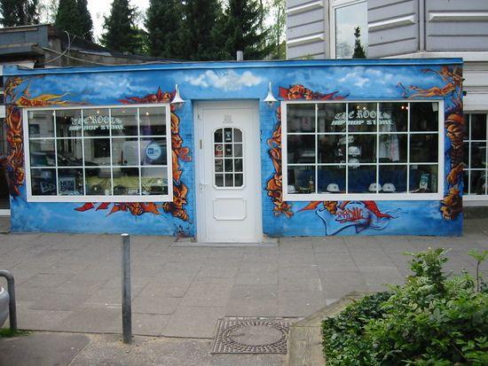 Hamburg Eimsbuttel The Roots Hip Hop Store Hamburg Hafen City Wohnung Mieten