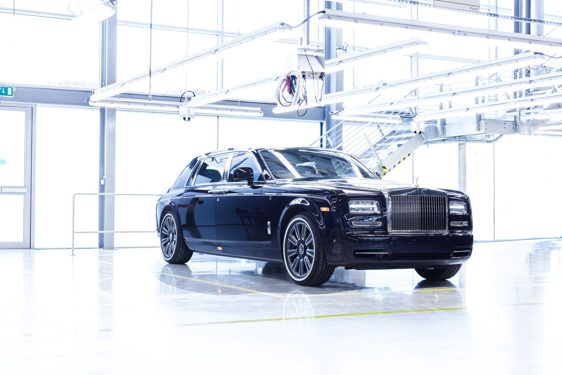 Luxury Vehicle: Pin By Pekka Puhakka On Amazing Cars And Car Technology