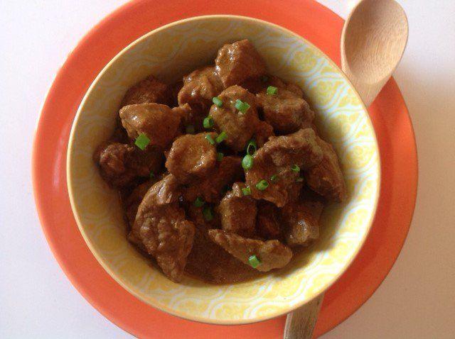 Aprenda a fazer picadinho de carne delicioso e bem temperado.