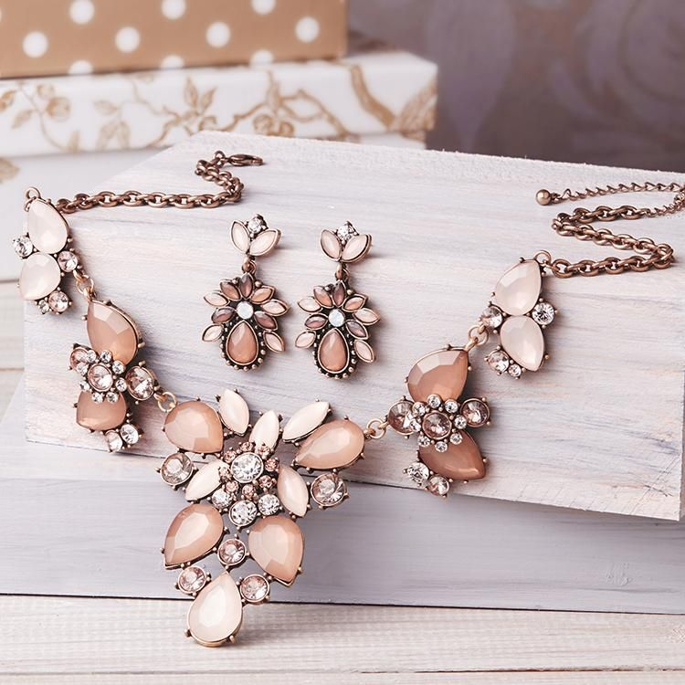 set light beige bijou brigitte online shop bijou brigitte online bijou jewelry und fashion. Black Bedroom Furniture Sets. Home Design Ideas