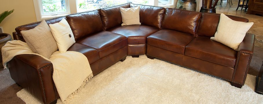 C A R L Y L E Nbsp L E A T H E R S E C T I O N A L Rustic Sectional Sofas Top Grain Leather Sectional Leather Sectional