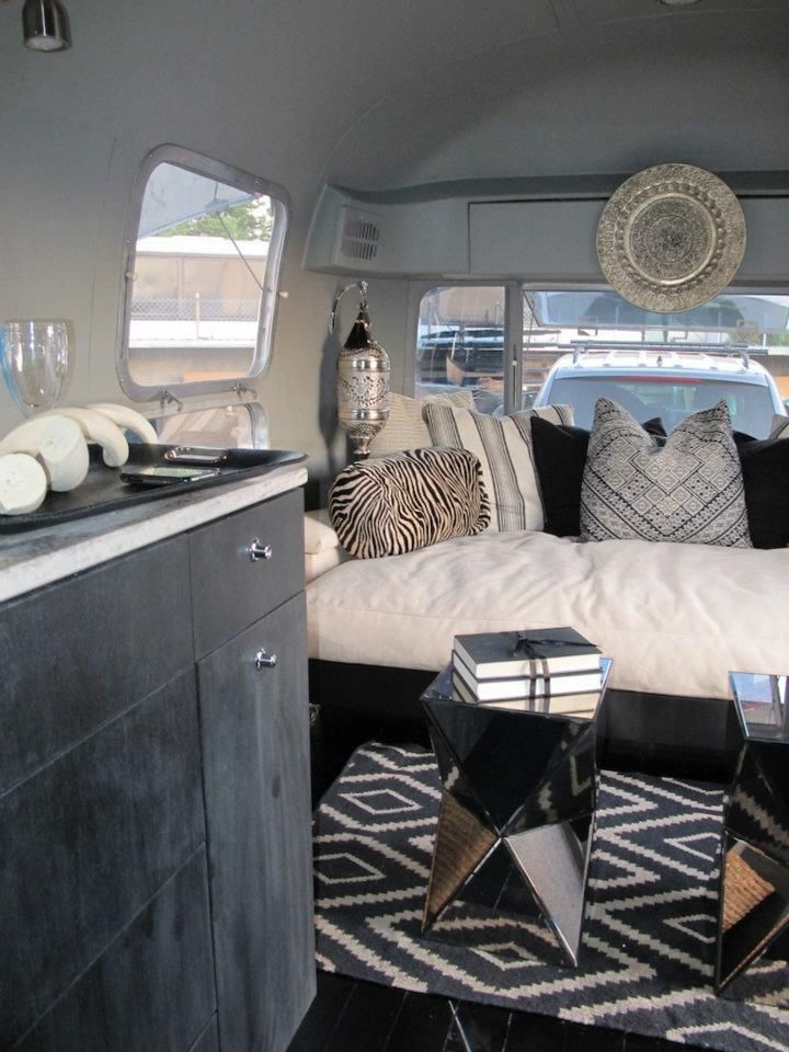 Stylish Redo Interior Of A Old Airstream