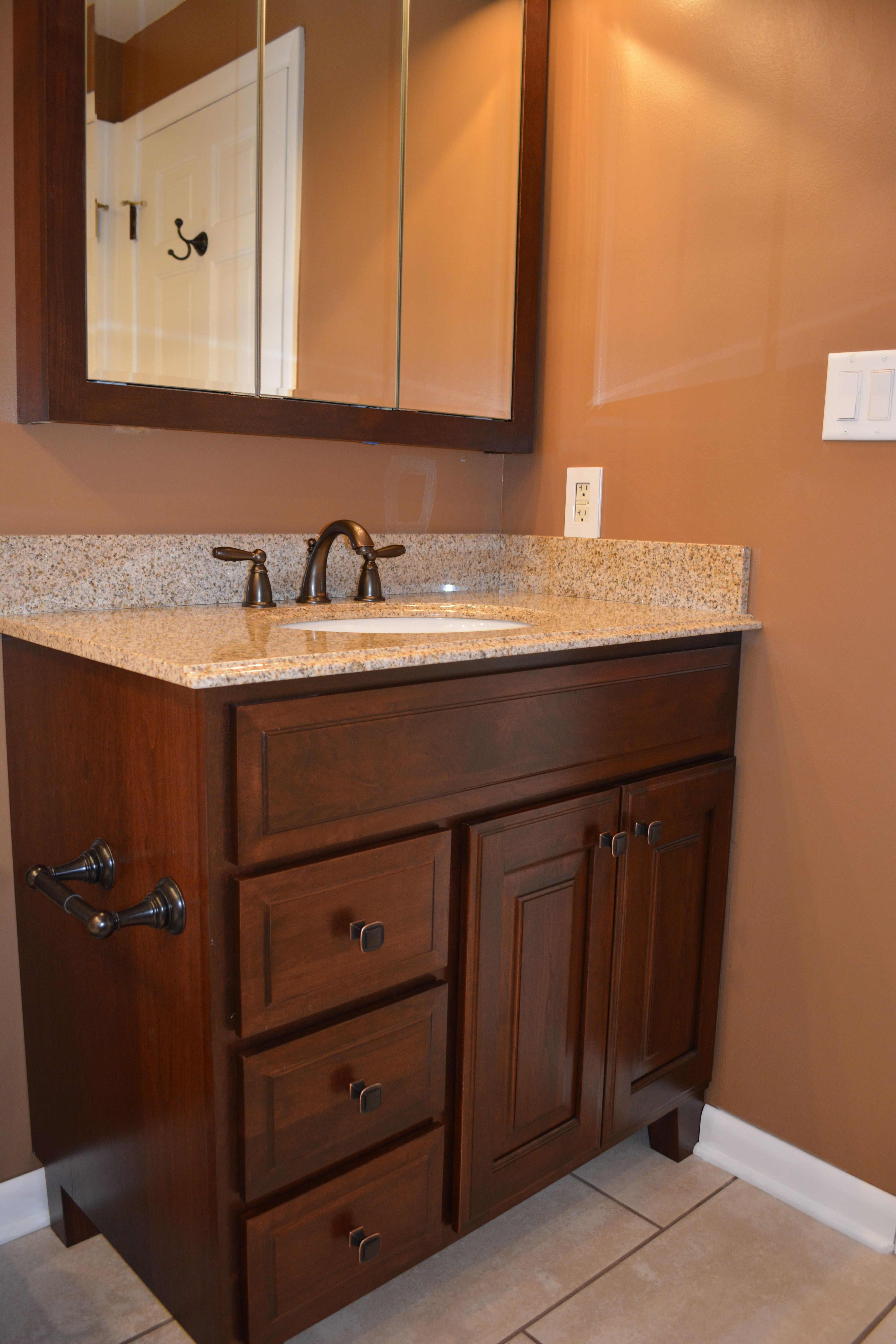 Bertch 36 Vanity With Optional Legs And Matching Tri View
