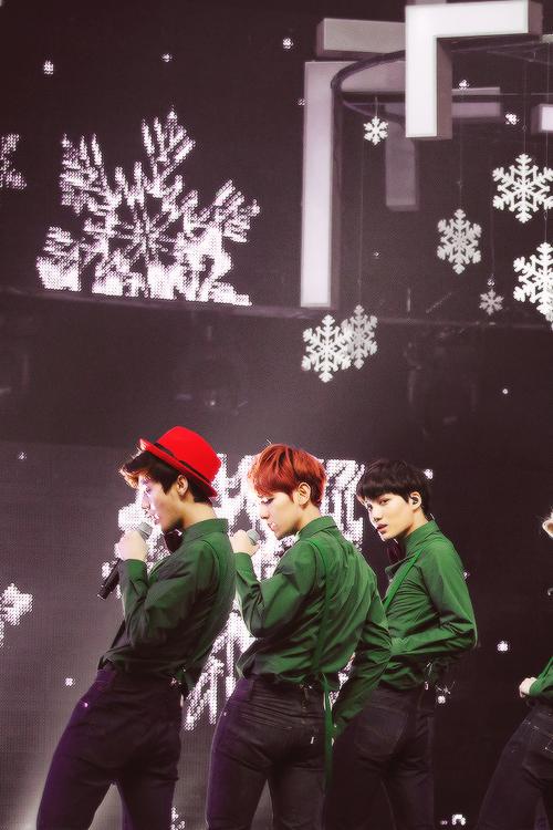 Exo Christmas Day Performance