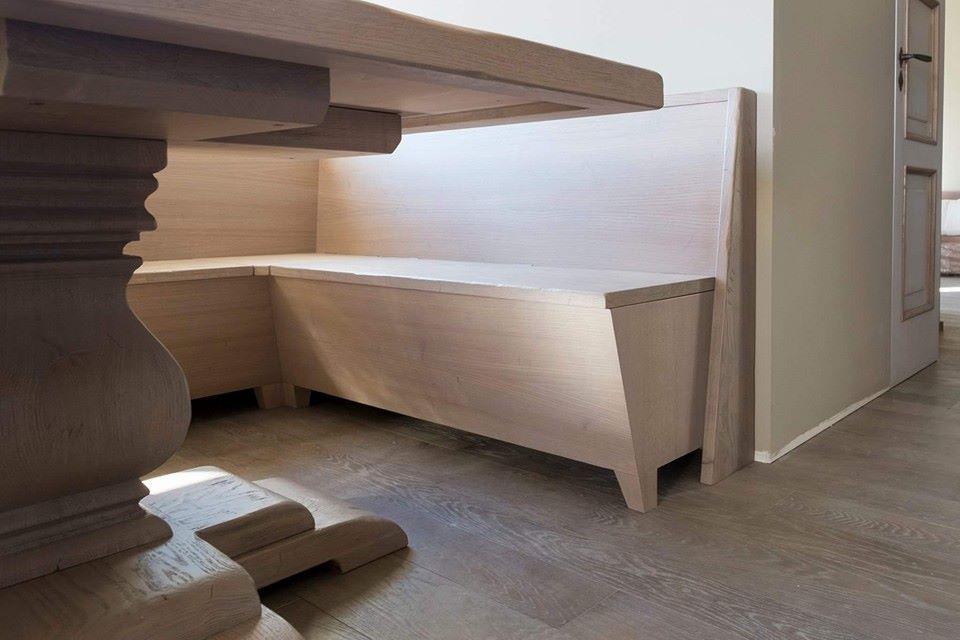 Tavolo panca angolare in rovere. montaggio legnoeoltre.altervista