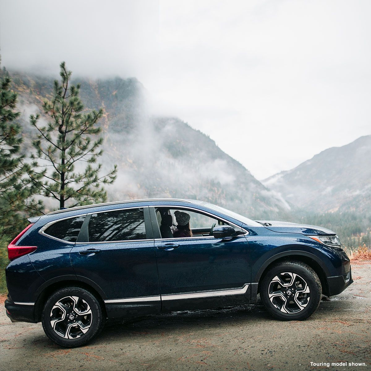 Adventure awaits in the adaptable 2018 Honda CRV with