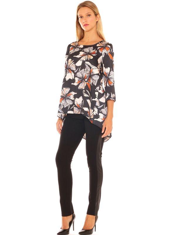 e85004bfa8 Outfit donna maxi camicia floreale con coda, leggings in jersey ...
