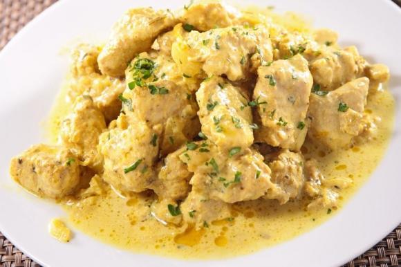 03d1b93fc12a7ba09d84ddbb5f34de73 - Pollo Al Curry Ricette