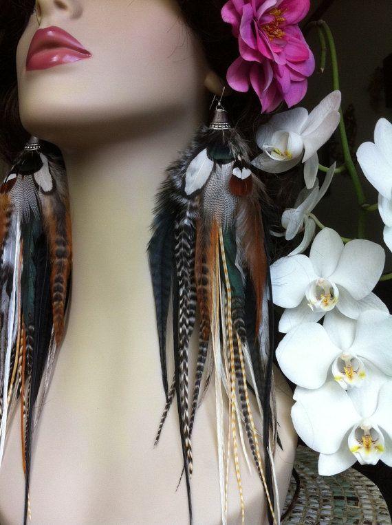 Boucle d'oreille plume tres longue