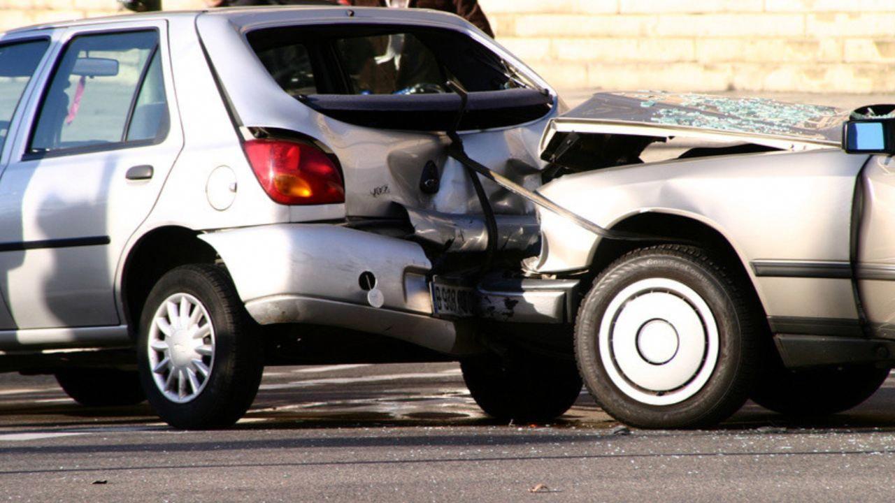 Unfall Mit Geliehenem Auto Kennen Sie Die Rabatt Klausel With