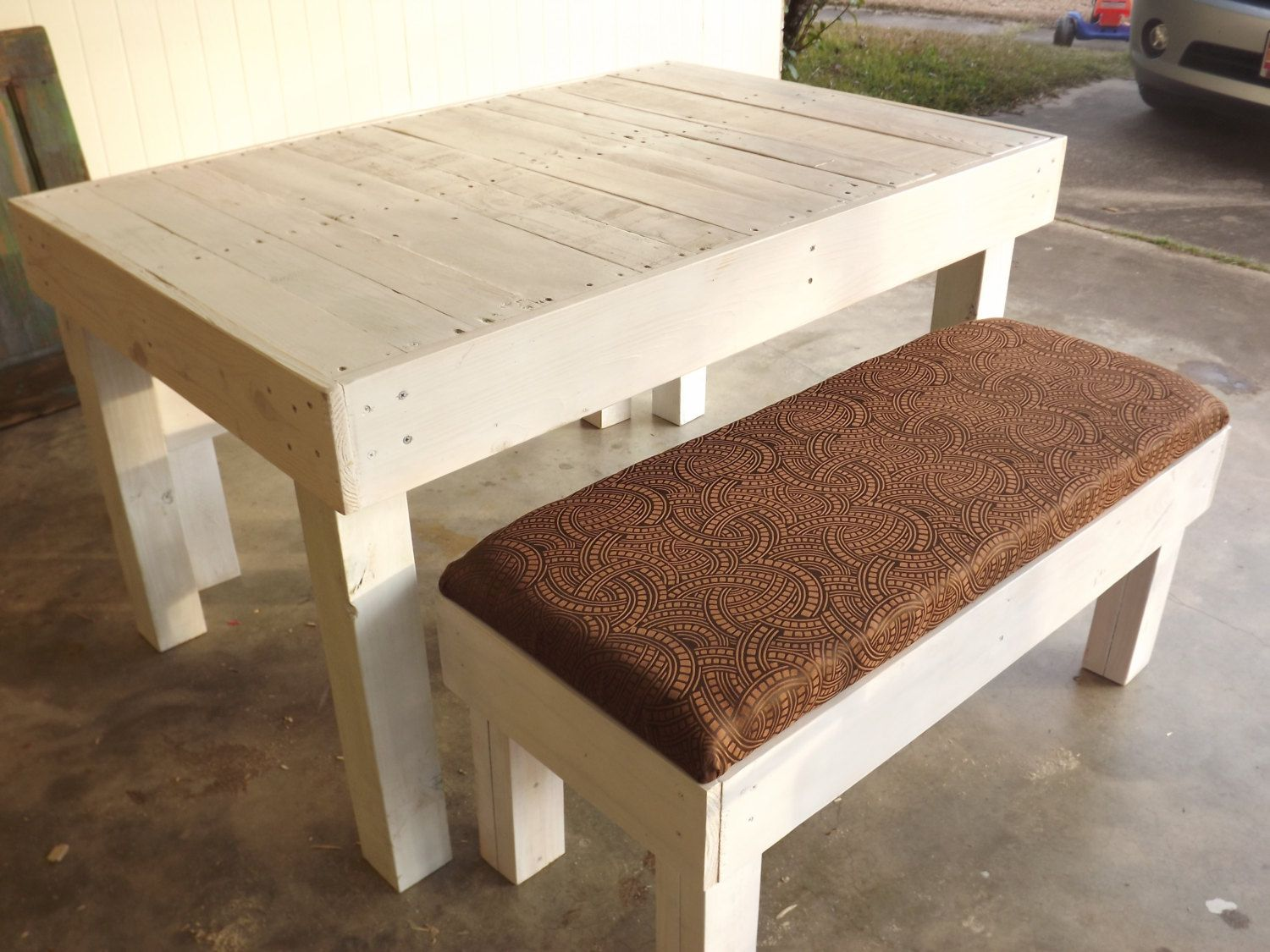 Reclaimed Pallet Wood Dining Table And Bench Wood Pallets Wood