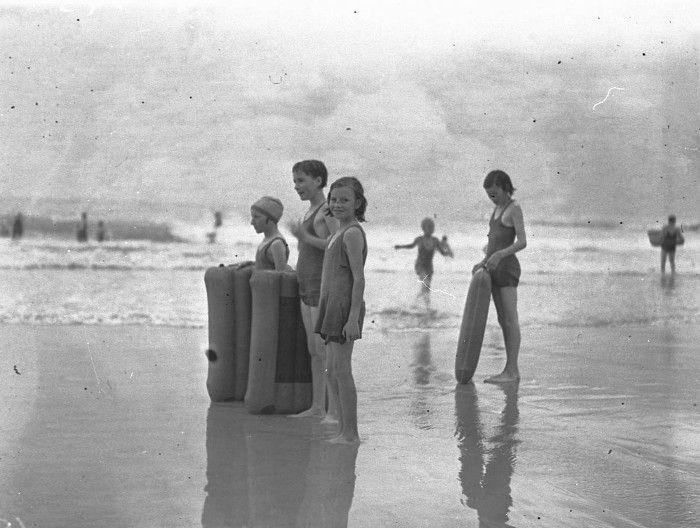 Sam Hood C 1930 S Bondi Beach Sydney