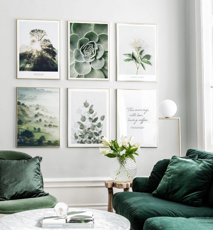 mur de cadres decoration mur photo avec cadres dor s et posters nature d co mur