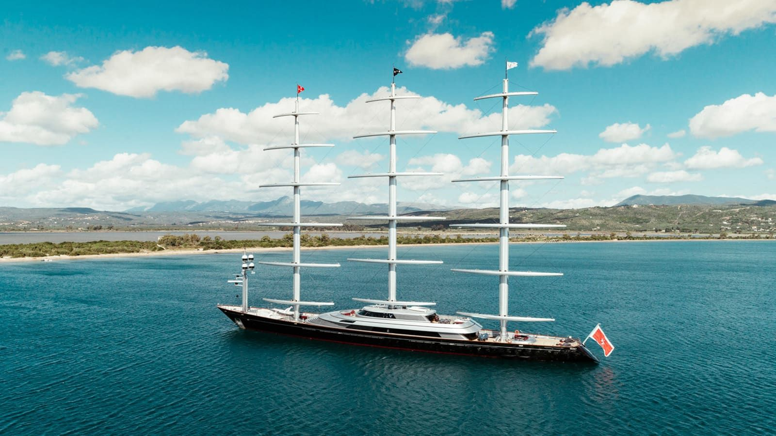 Mega Sailing Yacht Maltese Falcon Cruising The Sea And Ocean She Is Available For Charter Discover Monaco Croatia Greece South Of France Caribbean Onboard En 2020