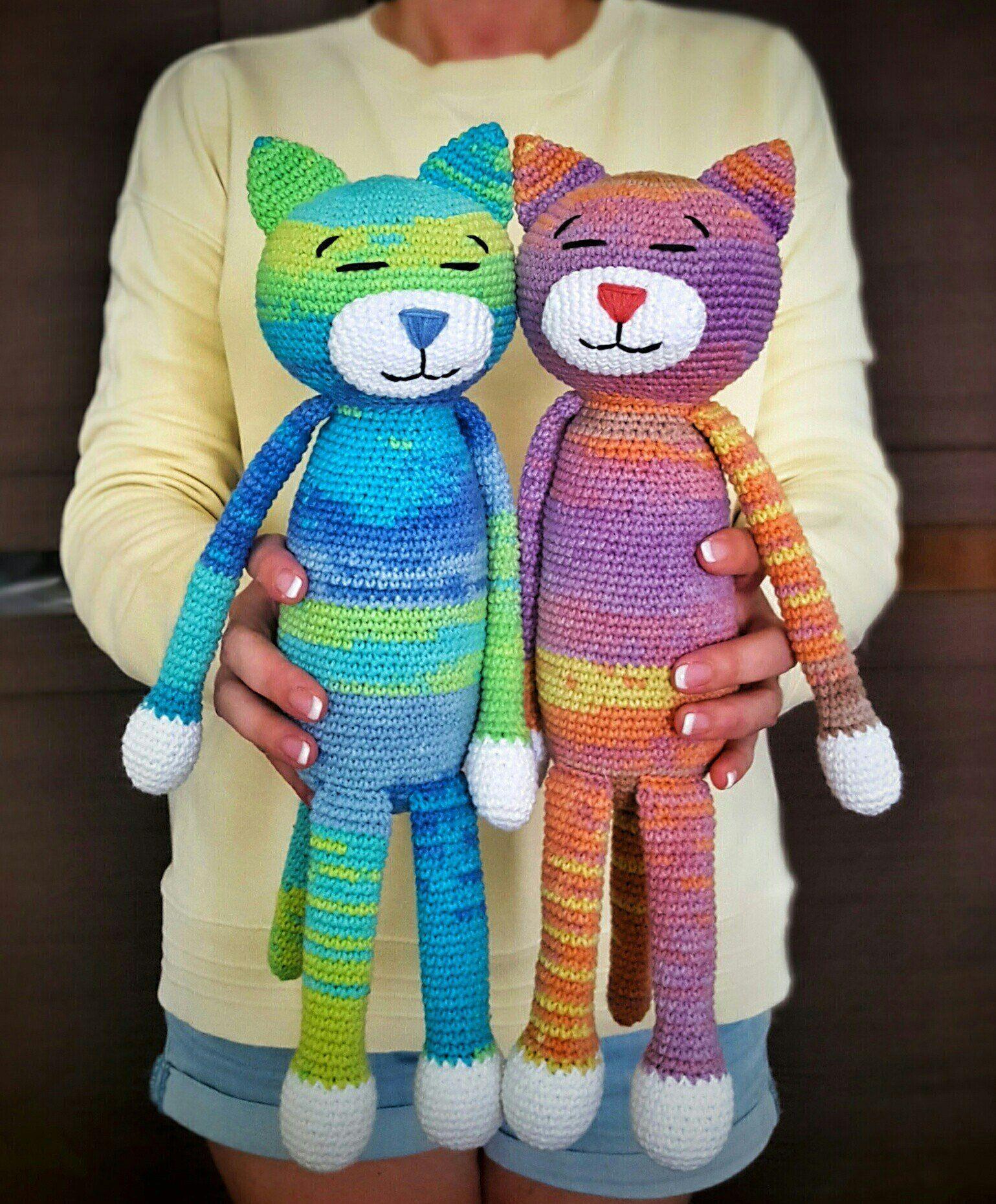 Free Playing Cats Crochet Amigurumi Pattern - Little Bear Crochets | 1861x1539