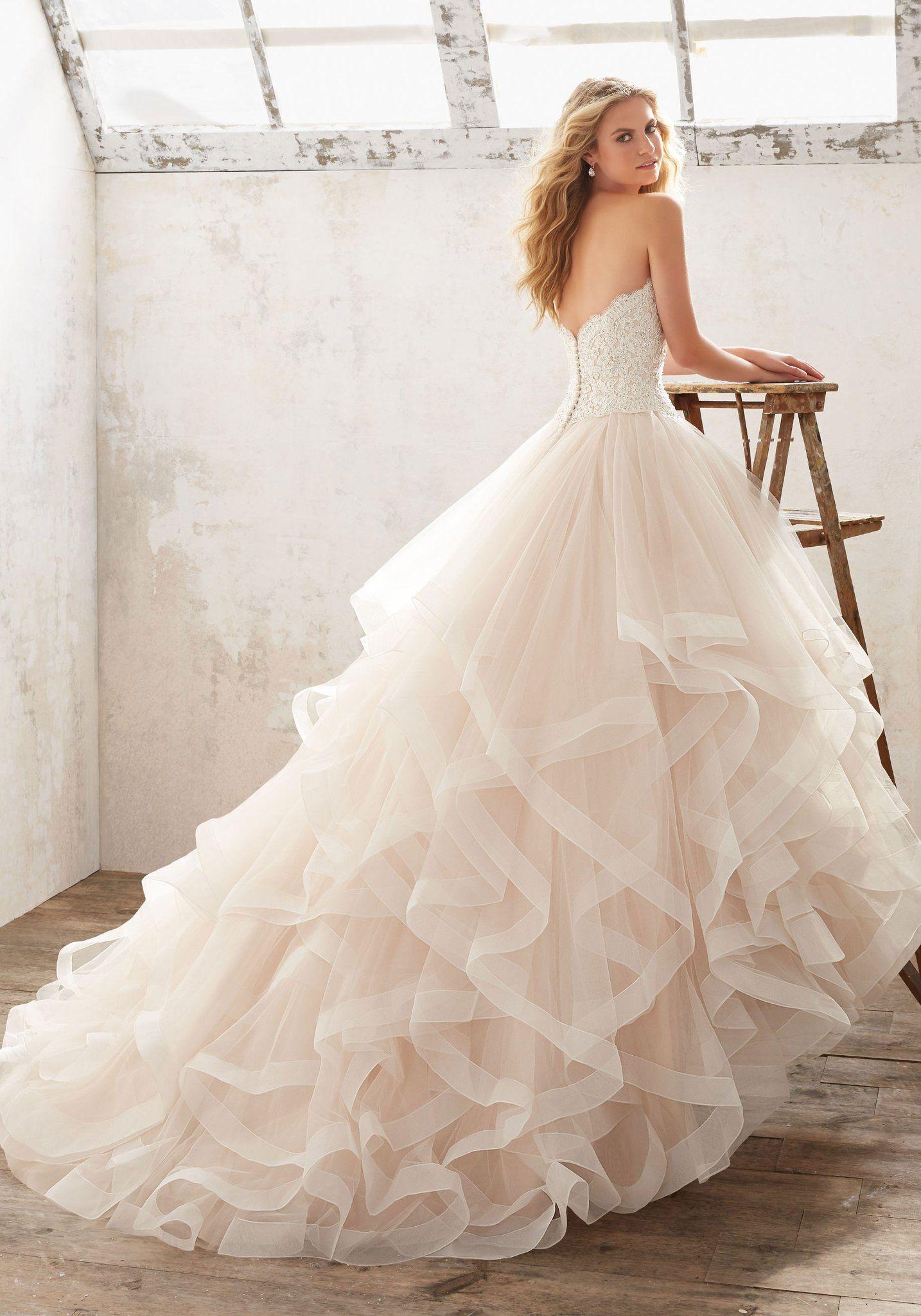 Modell Marcia von Morilee HochzeitsPlaza