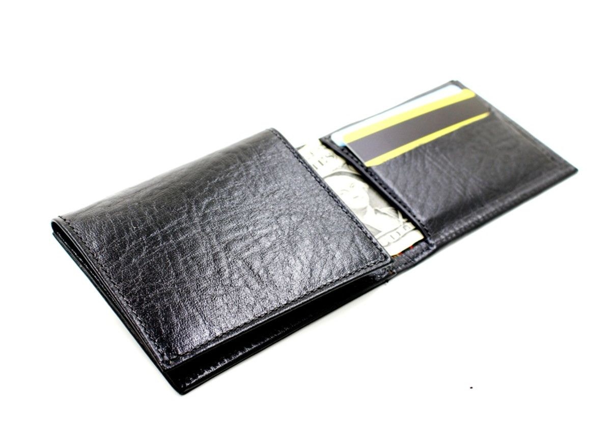 7720888bc Mini carteira com porta CNH Preta Oficina Massu no Elo7