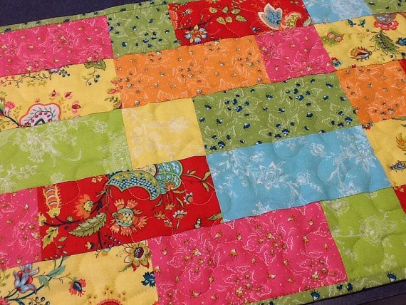 Handmade Quilted Bright Floral Table Runner by Clothstitched #handmade #etsy #thehotbobbin