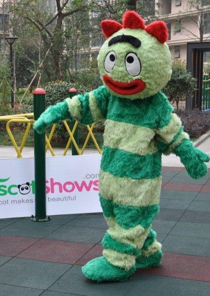 ブロビーの着ぐるみ モンスター 緑の妖怪手作り着ぐるみ販売 http://www.mascotshows.jp/product/green-monster-short-plush-adult-mascot-costume.html