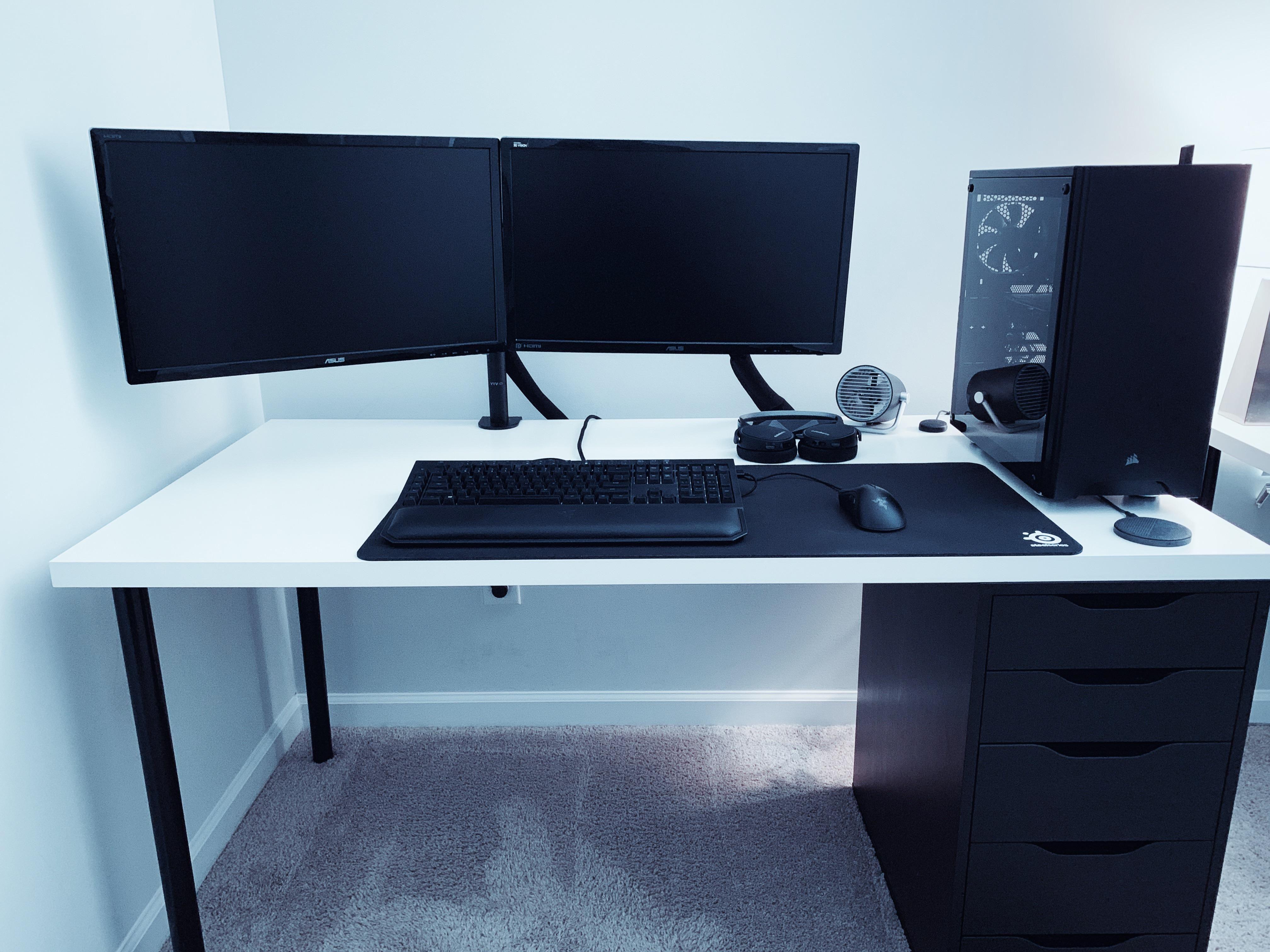 Posted W O Reading The Rules Reddit Noob So Heres My Setup Xd Home Office Setup Computer Desk Design Gaming Room Setup