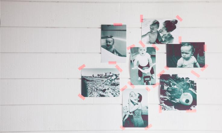 wall photos ideas, washi tape, fotos en las paredes, photo from the socialite family blog