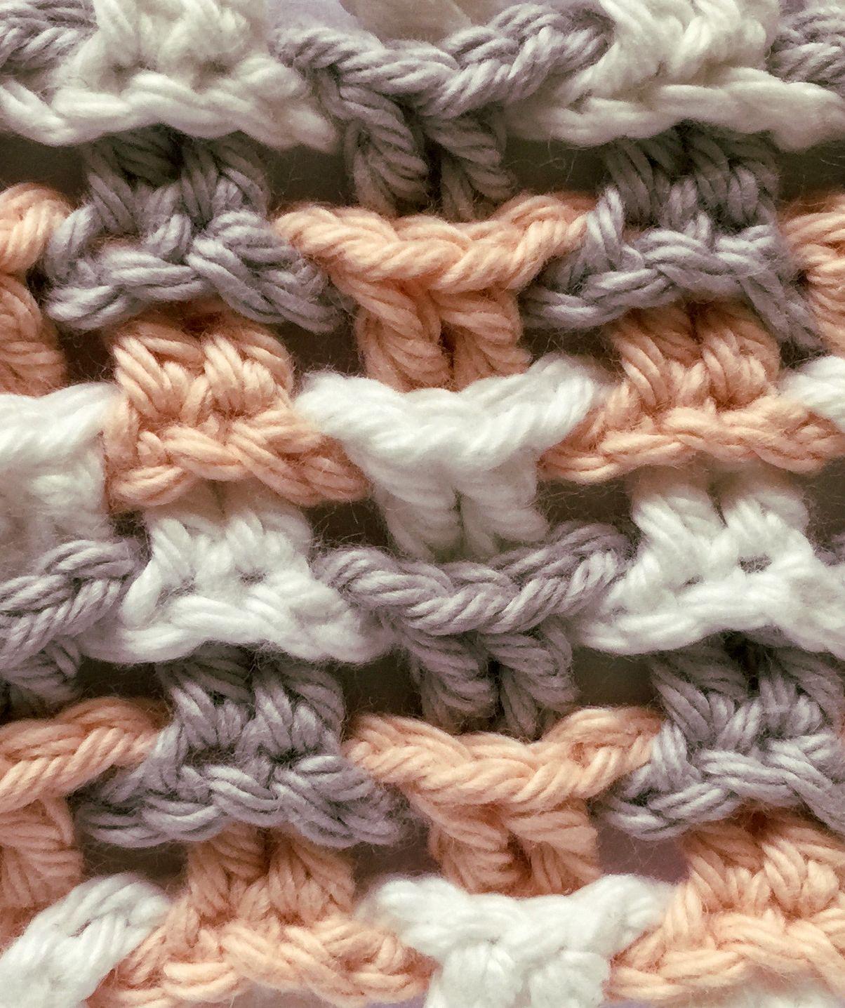 Photo of Dieses raffinierte Muster wirkt mit 2 oder mehr Farben besonders schön. Es ist …