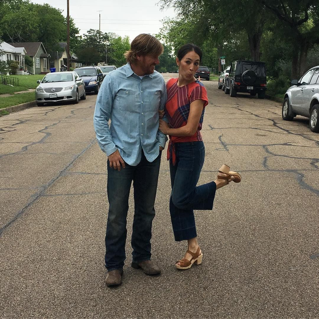 Premier Home Staging California Hgtv: 5 Reasons To Love Fixer Upper's Joanna Gaines