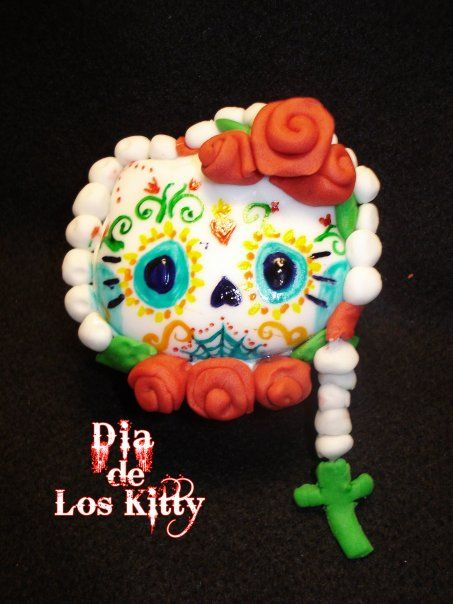 this iskinda weird for me being mexicanbut had to repin - hello kitty halloween decorations