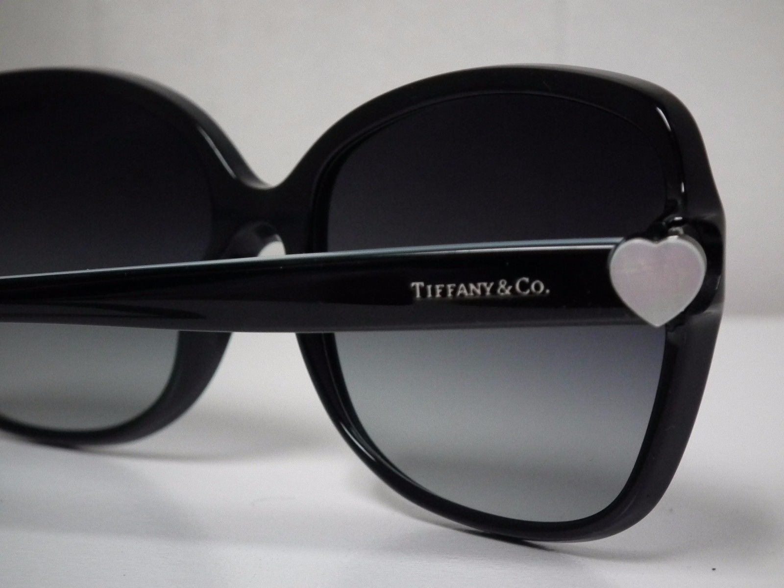 Authentic Women's Tiffany & Co TF4085-H 8001/3C Black Sunglasses-Retail $395 https://t.co/39lr8IwCio https://t.co/FLhWsIOFUU