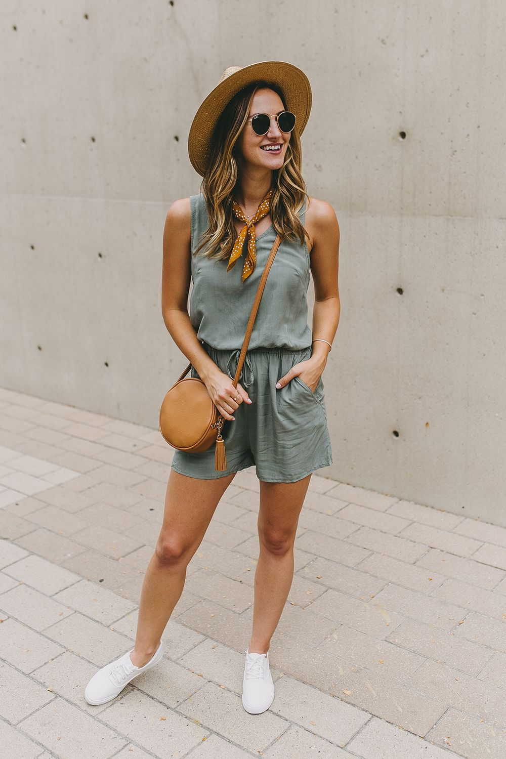 78cf4ee5a07 livvyland-blog-olivia-watson-austin-texas-fashion-lifestyle-blog -what-to-wear-acl-festival-6