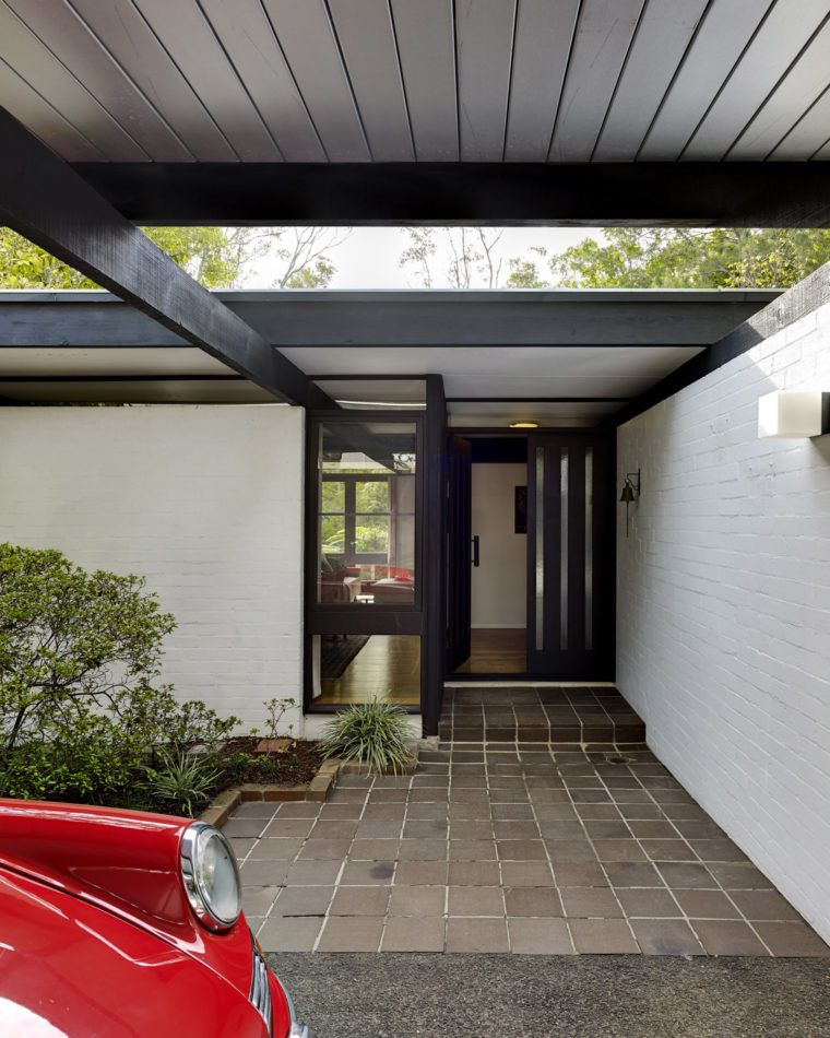 Designed By Architect Ken Woolley The Front Entrance To A