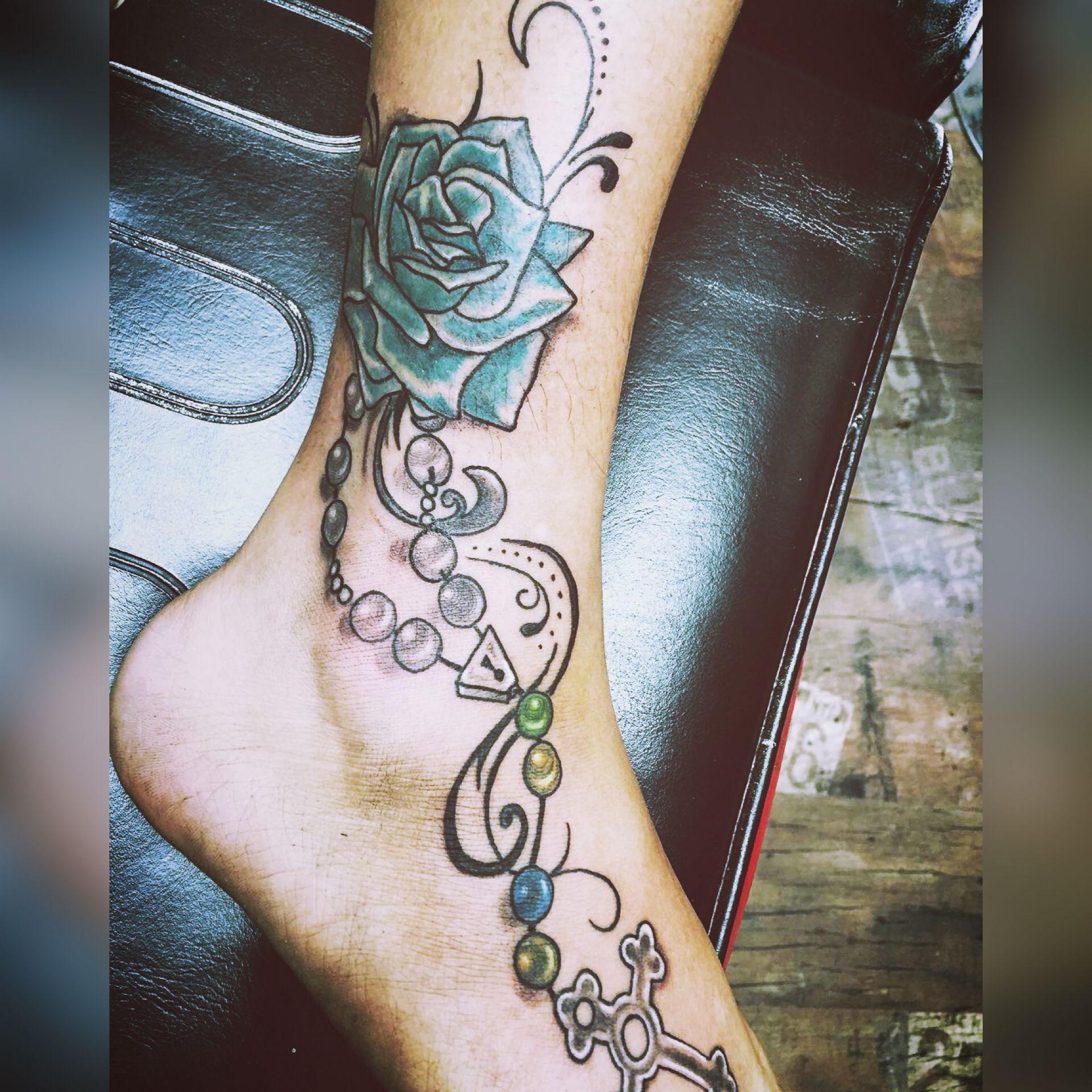 tatouage cheville femme photo astral projection definition